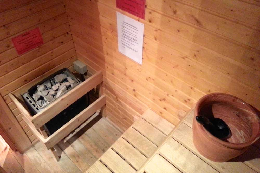 Sauna home the dorset golf resort for Sauna home